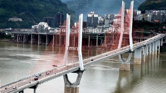 提前完工,9月28日云阳长江大桥全面恢复双向通行
