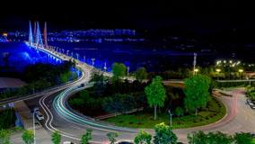 夜幕下的长江大桥